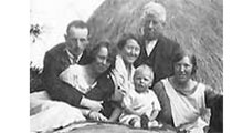 Family Ulster FInd Living Realtives